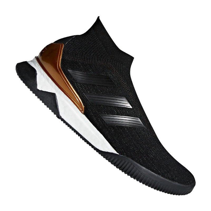 adidas predator tango 18 tr schwarz weiss gold freizeit lifestyle. Black Bedroom Furniture Sets. Home Design Ideas