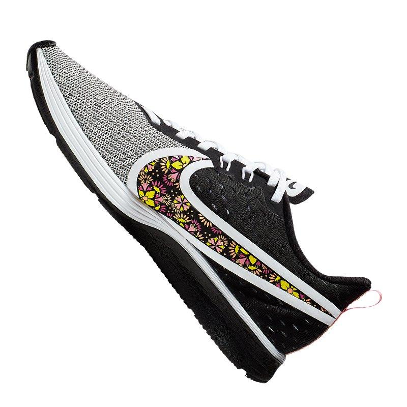 Nike Zoom Strike 2 SE Running Damen Weiss F100
