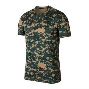 nike-baselayer-t-shirt-training-gruen-f332-fitness-workout-sportbekleidung-shortsleeve-924853.jpg