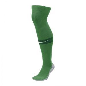 nike-team-matchfit-otc-sockenstutzen-gruen-f302-sportbekleidung-stutzenstruempfe-sx6836.jpg