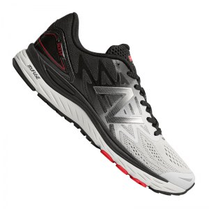 new-balance-msolv-running-weiss-schwarz-f3-look-footwear-sportlich-life-653841-60.jpg