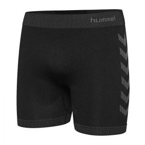 hummel-first-seamless-short-schwarz-f2001-fussball-teamsport-textil-shorts-202642.png