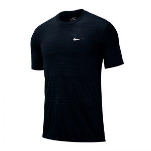 nike-dri-fit-legend-tee-t-shirt-schwarz-f010-fussball-textilien-t-shirts-bq1909.jpg