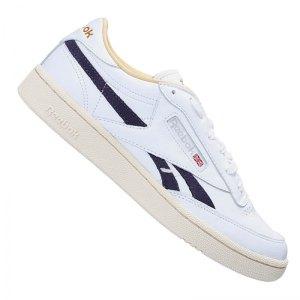 reebok-club-c-revenge-mu-sneaker-weiss-eg6430-lifestyle.png