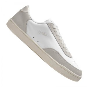 nike-court-vintage-premium-sneaker-weiss-f100-cw7586-lifestyle.png