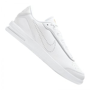 nike-air-max-vapor-wing-premium-sneaker-f101-cz5674-lifestyle.png