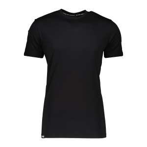 aevor-base-tee-t-shirt-schwarz-f801-avr-tsm-001-lifestyle_front.png