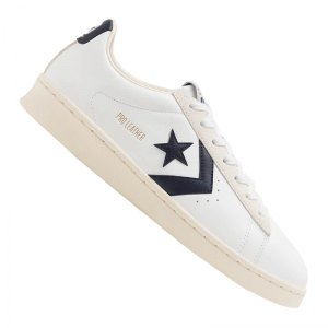 converse-pro-leather-ox-sneaker-weiss-f102-167969c-lifestyle.png