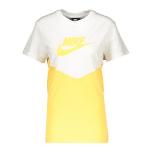 nike-heritage-t-shirt-dmaen-weiss-f100-bq9555-lifestyle_front.png