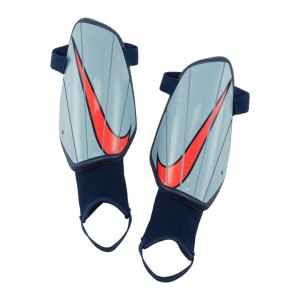nike-charge-schienbeinschoner-blau-rot-f492-sp2164-equipment_front.png