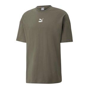puma-classics-boxy-t-shirt-gruen-f44-532135-lifestyle_front.png