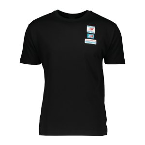new-balance-essentials-tag-t-shirt-schwarz-fbk-mt11516-lifestyle_front.png