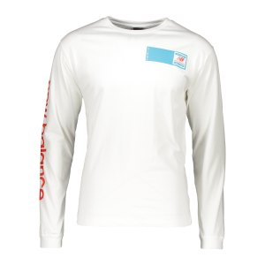 new-balance-essentials-field-day-longsleeve-fwt-mt11549-lifestyle_front.png