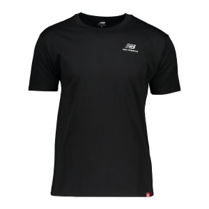 new-balance-essentials-embroidered-t-shirt-fbk-mt11592-lifestyle_front.png