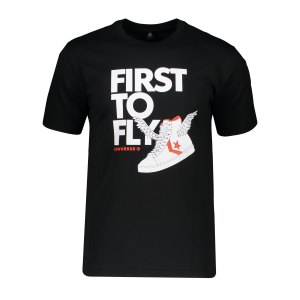 converse-first-to-fly-back-t-shirt-schwarz-f001-10022718-a01-lifestyle_front.png