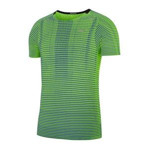 nike-techknit-ultra-t-shirt-running-gruen-f358-cj5344-laufbekleidung_front.png